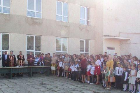 Deschidere Noul an școlar la școala generală din Podu Iloaiei