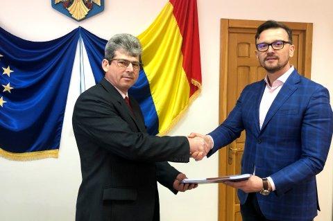 Primar Constantin Gabi Istrate și d-l George Tofan, director general SC Conest SA