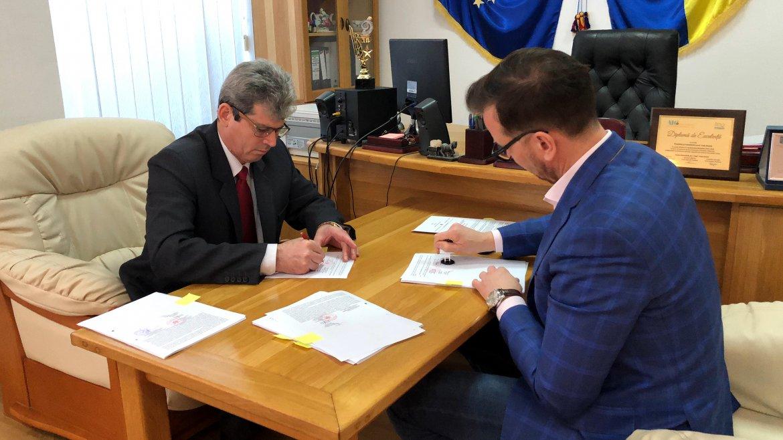 Semnare contract de asfaltare Podu Iloaiei - Scobâlțeni